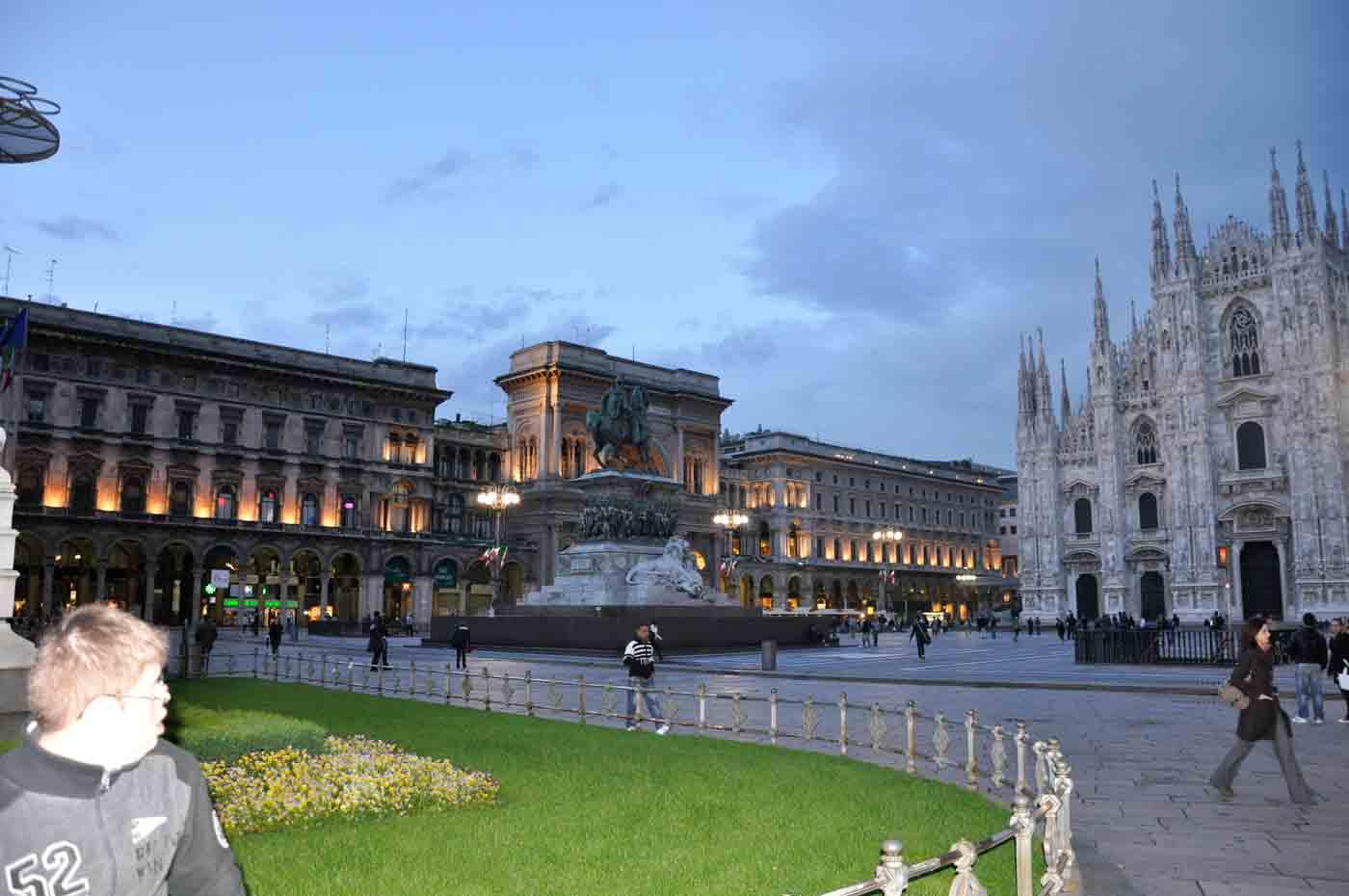 (Deutsch) Piazza del Duomo